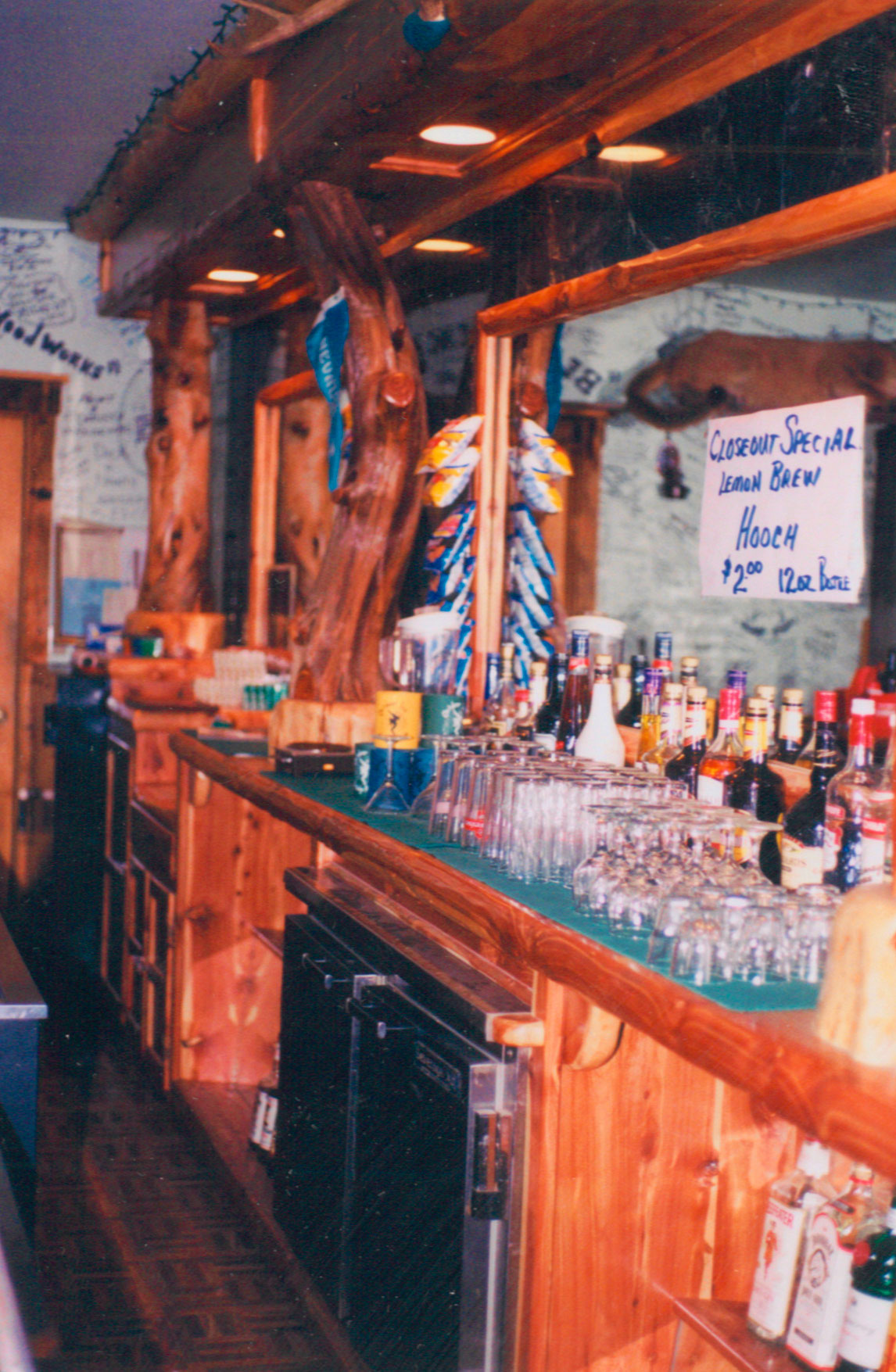 Outdoor Inn Complete Bar Build